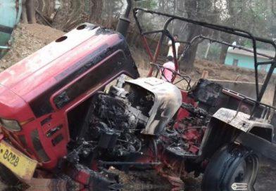 Maoisten attackieren Straßenbaulager und setzen vier Fahrzeuge in Brand