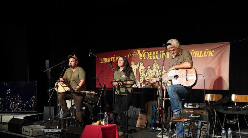 Pariz, Francuska: međunarodni umjetnici održali koncert podrške Grup Yorumu i političkim zatvorenicima koji štrajkuju glađu
